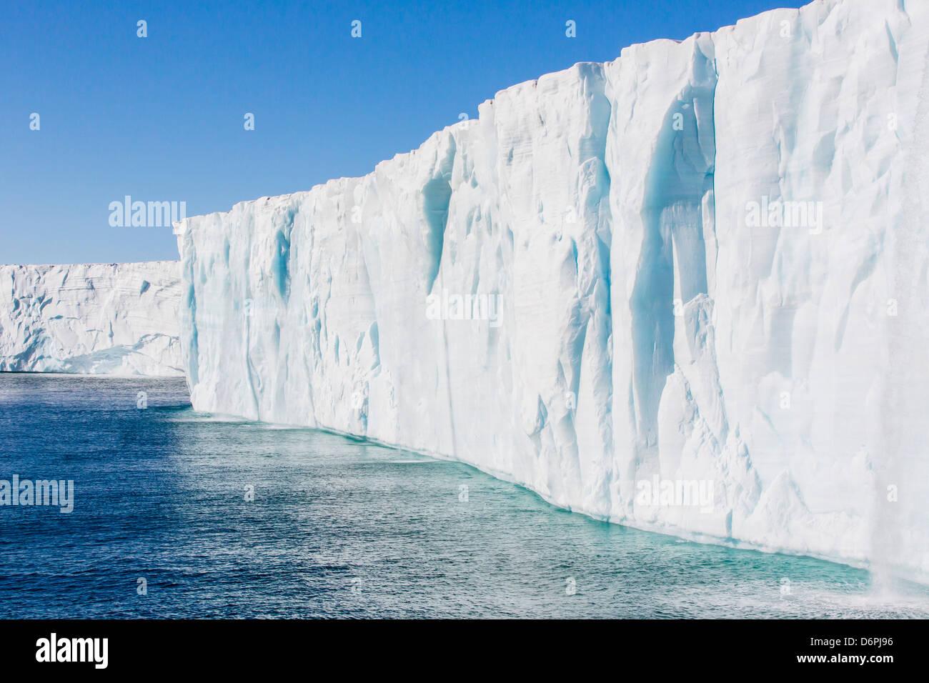 Eiskappe Austfonna, Nordaustlandet, Spitzbergen, Norwegen, Skandinavien, Europa Stockbild