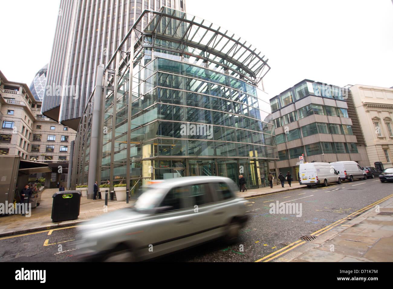 Eingang zum Tower 42, Old broad Street, London Stockbild