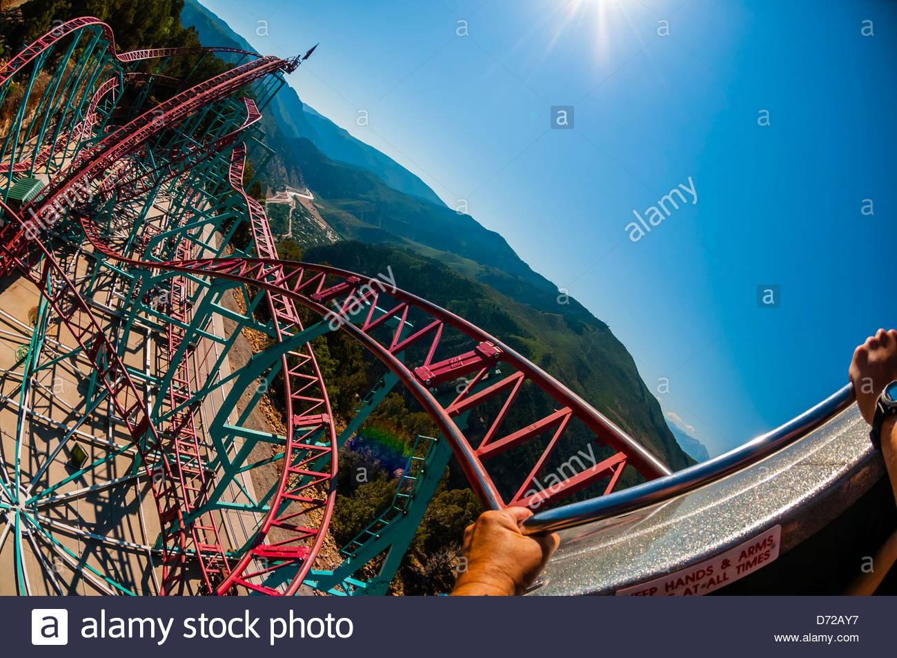 Cliffhanger Achterbahn Die Höchste Erhebung Achterbahn In