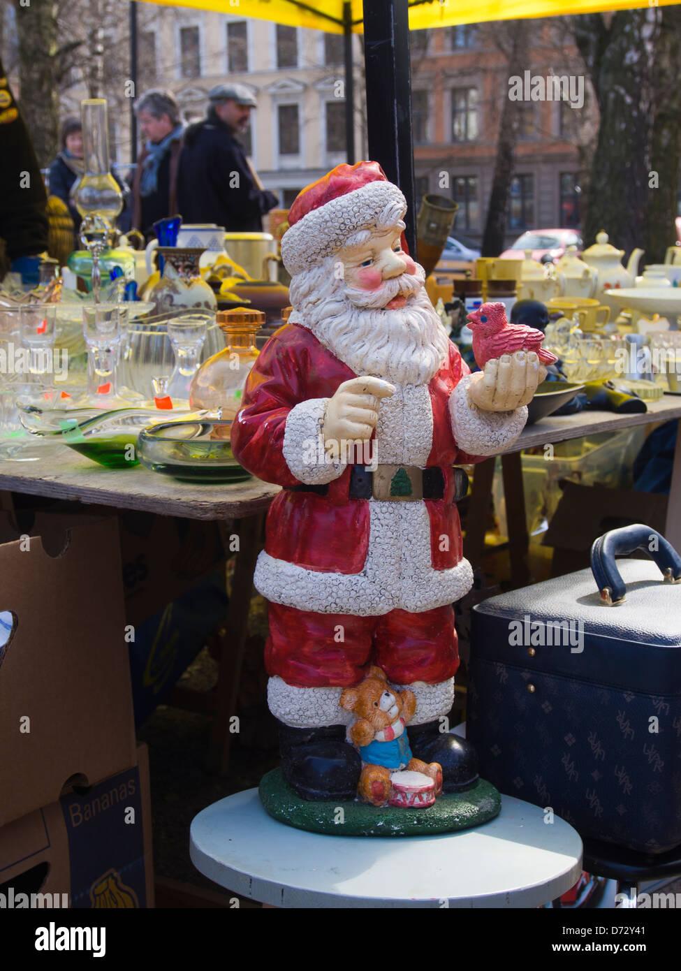 Large Santa Claus Statue Stockfotos & Large Santa Claus Statue ...