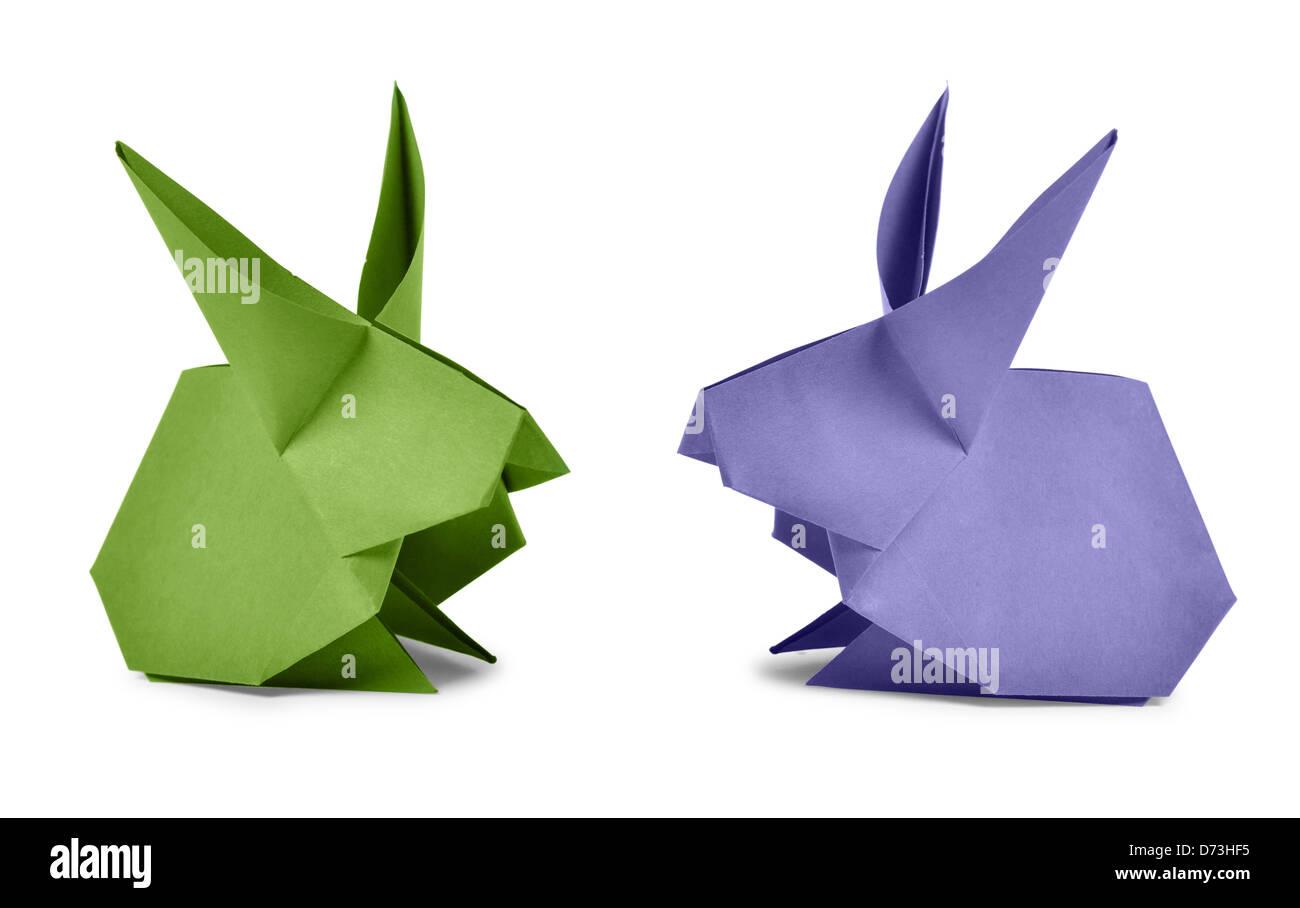 Origami. Papier-Kaninchen isoliert auf weißem Hintergrund Stockbild