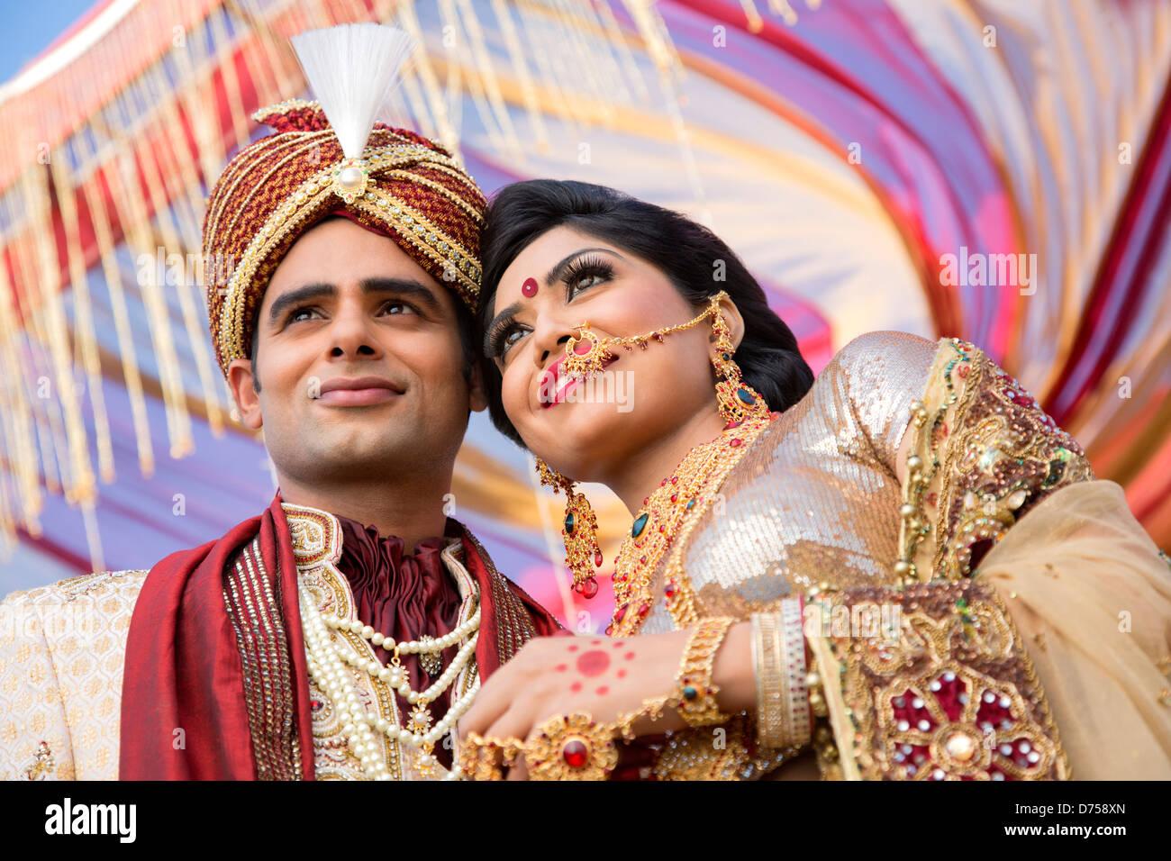 Erfreut Indian Bräutigam Hochzeitskleid Zeitgenössisch ...
