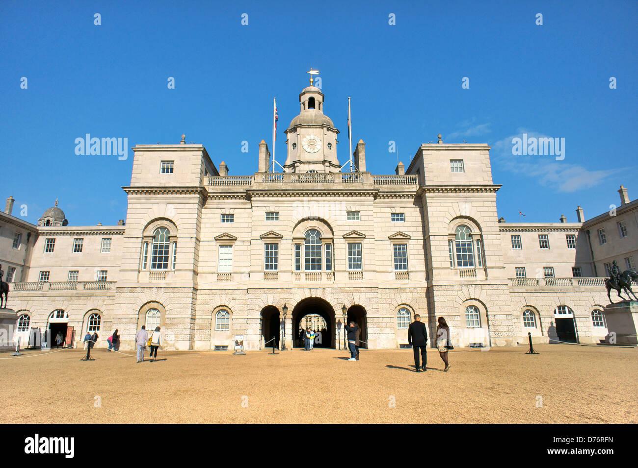 Horse Guards. Palladio-Stil Gebäude, Whitehall, London. Von Horse Guards Parade gesehen Stockbild