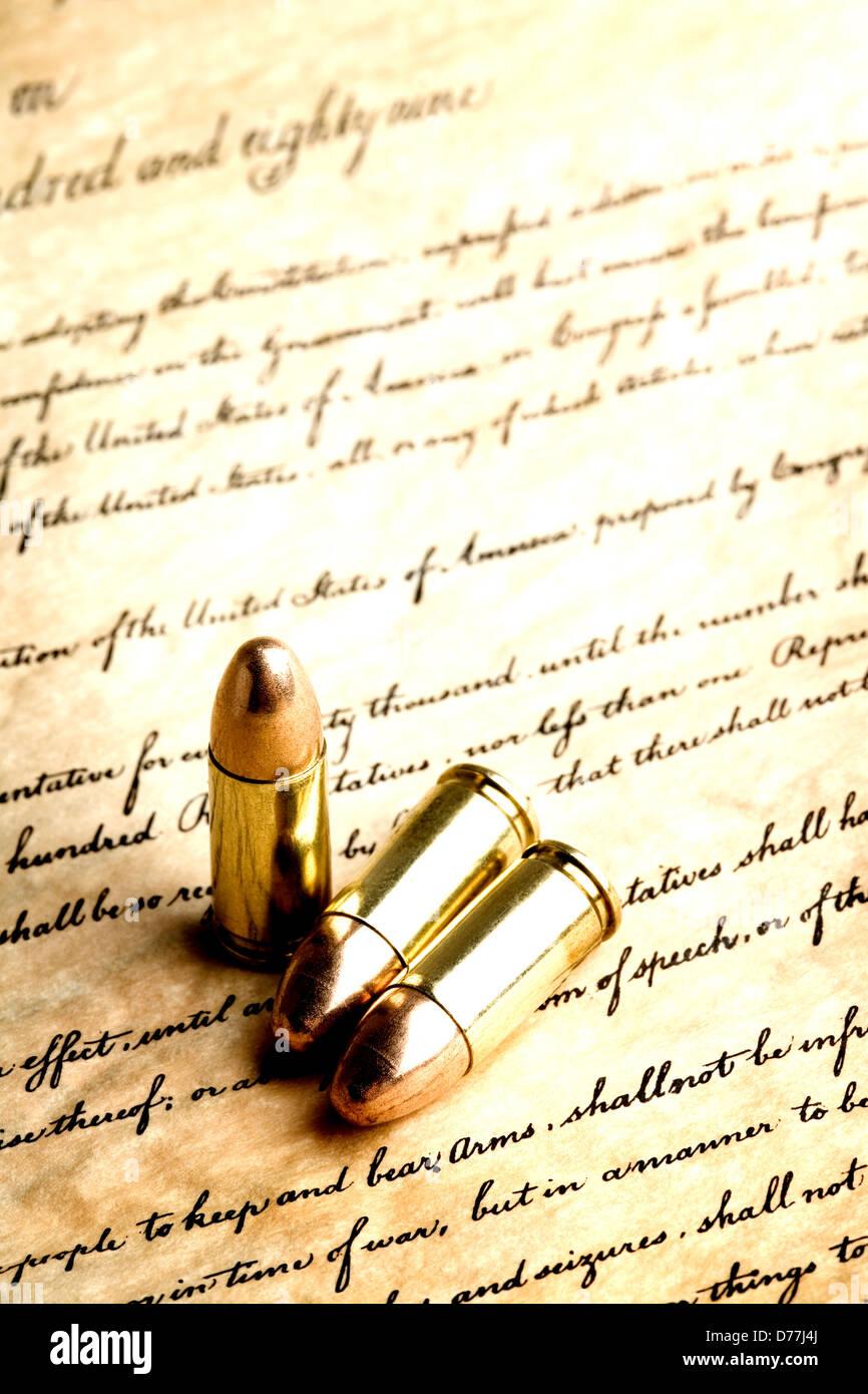 """Kugeln auf die Bill Of Rights - hoher Kontrast Makro, konzentrieren sich auf Tipps und Linie unter Angabe """"zu Stockbild"""