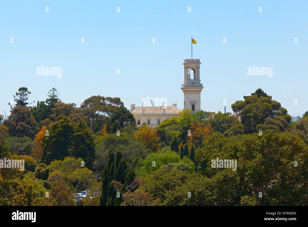 Regierung Haus und die Royal Botanic Gardens, Melbourne, Australien Stockbild