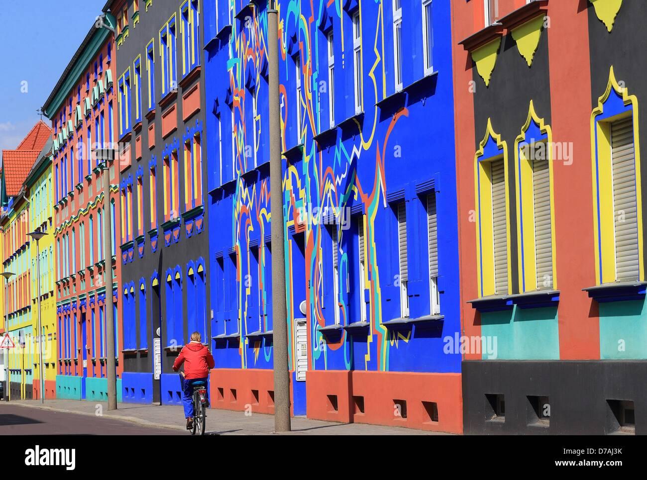 Architekt Magdeburg die bunt bemalten gebäude an der otto richter straße sind in