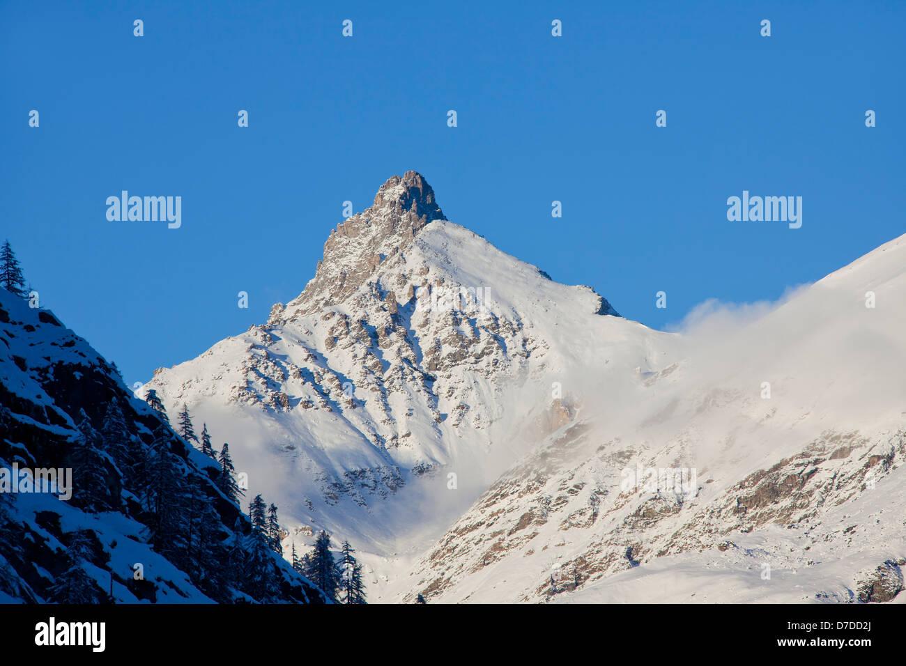 Der Berg Grivola in Graian Alpen im Gran Paradiso Nationalpark, Valle d ' Aosta, Italien Stockbild