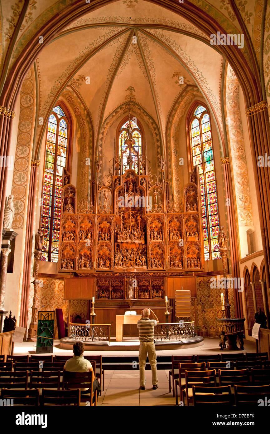 der altar geschnitzt von hans brueggemann ab 1514 bis 1521 in der schleswiger dom schleswig. Black Bedroom Furniture Sets. Home Design Ideas
