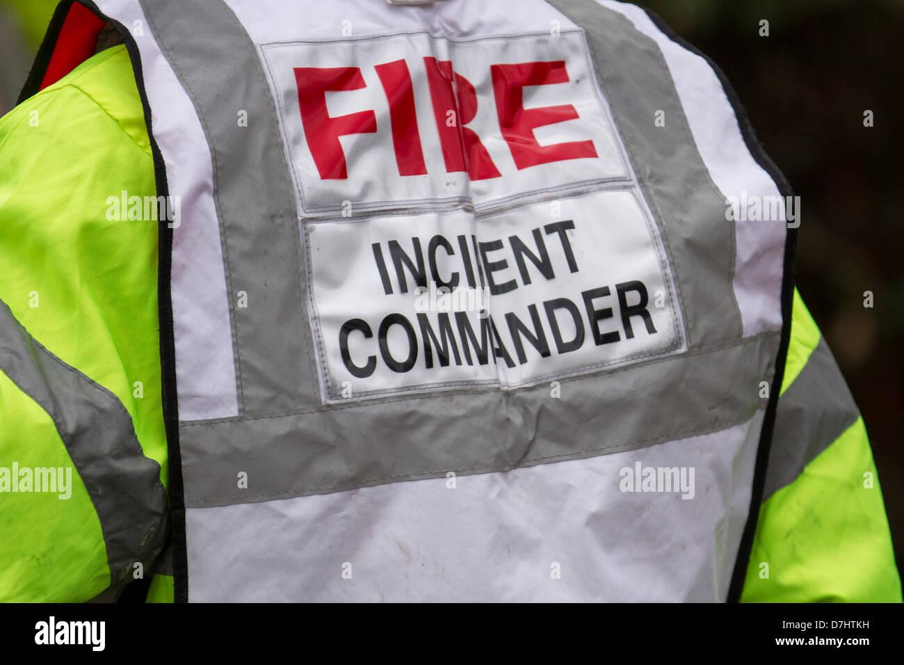 Formby, Merseyside, UK, 8. Mai, 2013. Befehl in Feuerwehr und Rettungsdienste_Brand Einsatzleiter an der Rettung Stockbild