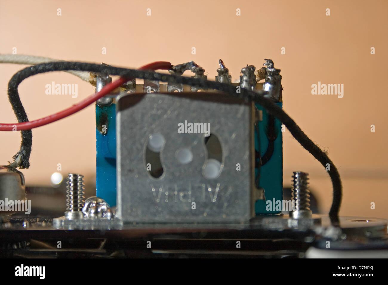 Erfreut Tele 3 Wege Schalter Fotos - Elektrische Schaltplan-Ideen ...