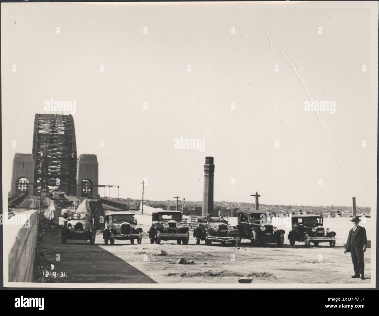 87/1353-94 Fotografische Drucken, Anzeigen von sechs Autos ...