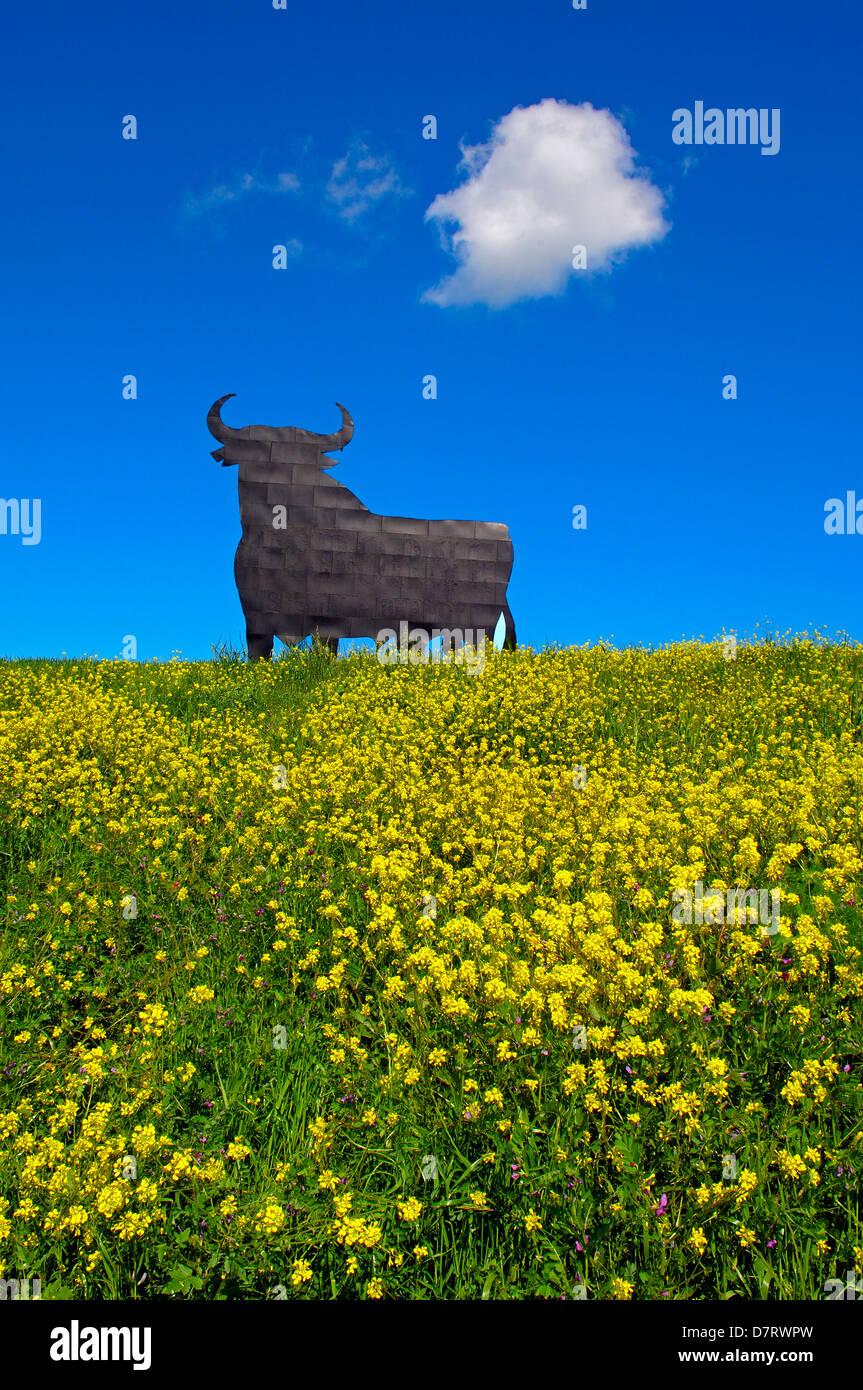 Bull Silhouette, typisch spanischen Sherry Osborne Werbung. Malaga. Andalusien, Spanien Stockbild