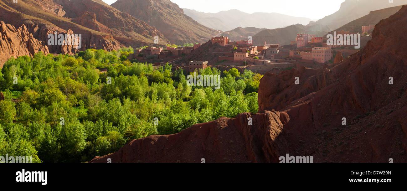 Panorama-Foto von Dades Schlucht, Marokko, Nordafrika Stockbild
