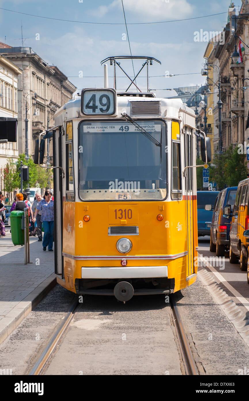 Budapest Ungarn Yellow 49 Straßenbahn Straßenbahnwagen Trolleycar