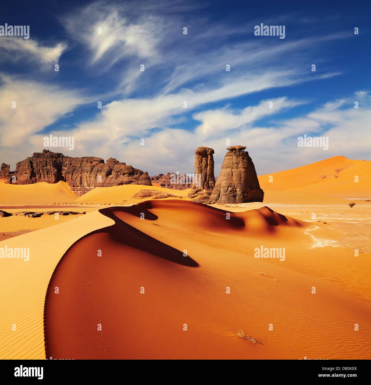 Sanddünen und Felsen, die Wüste Sahara, Algerien Stockbild