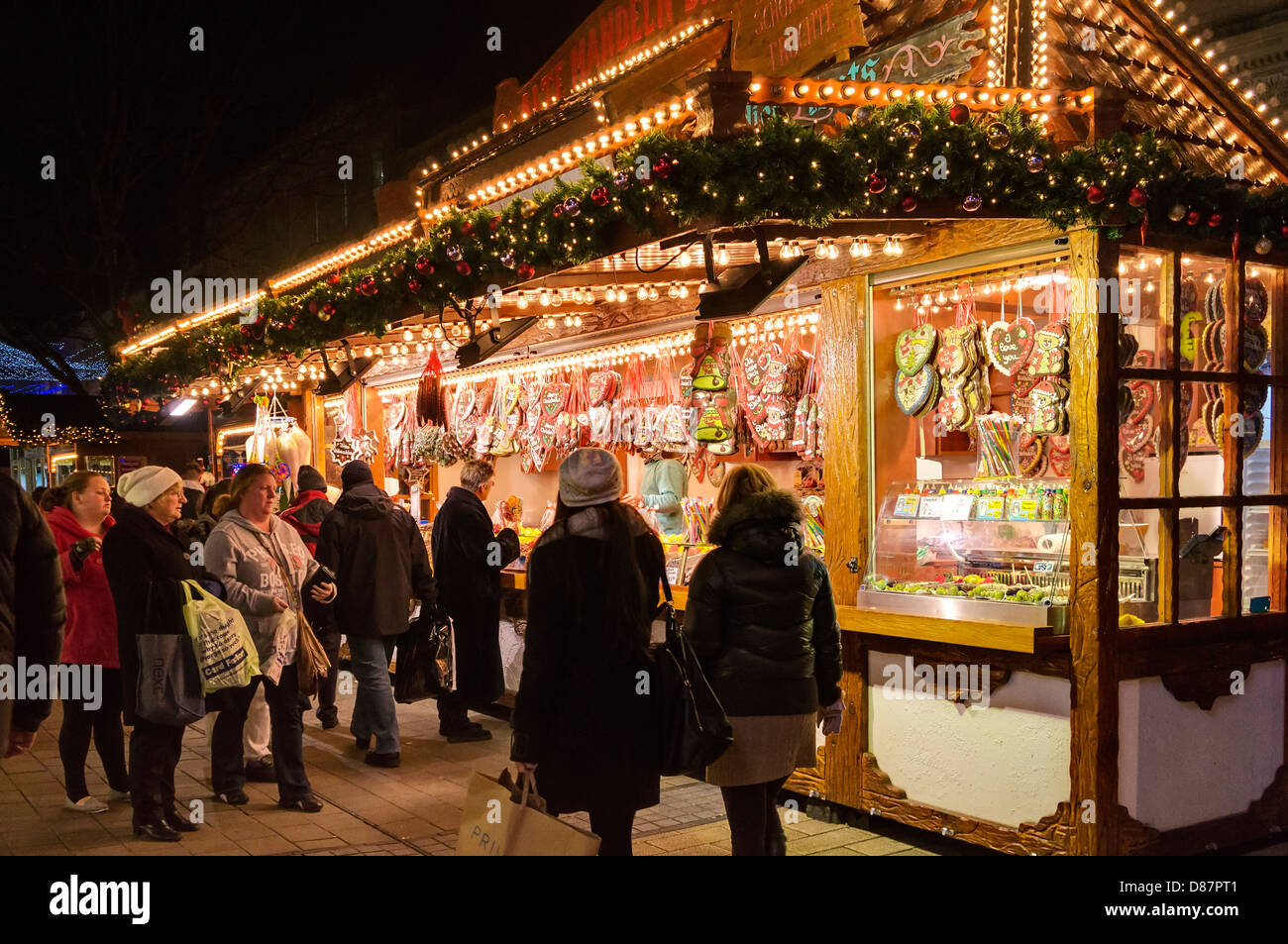 christmas market stockfotos christmas market bilder alamy. Black Bedroom Furniture Sets. Home Design Ideas