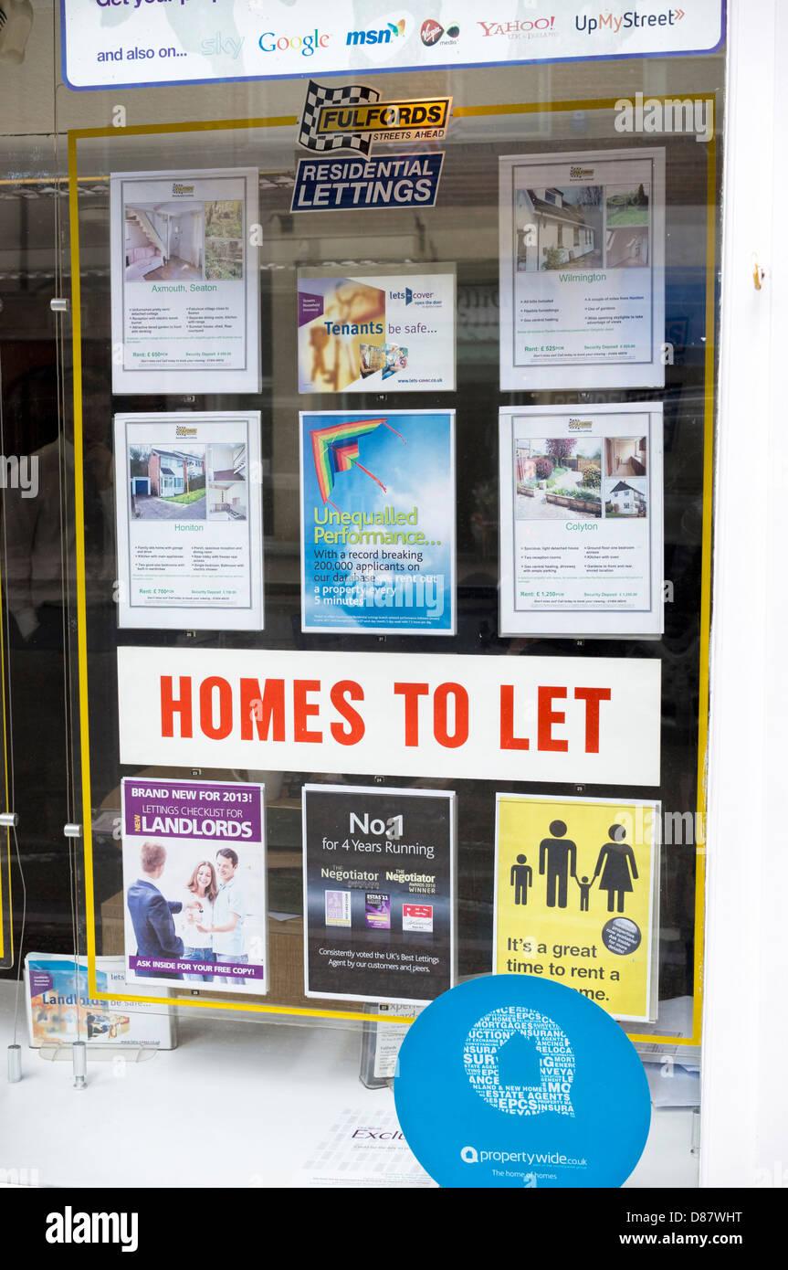 Agent stockfotos agent bilder alamy for Immobilienmakler vermietung