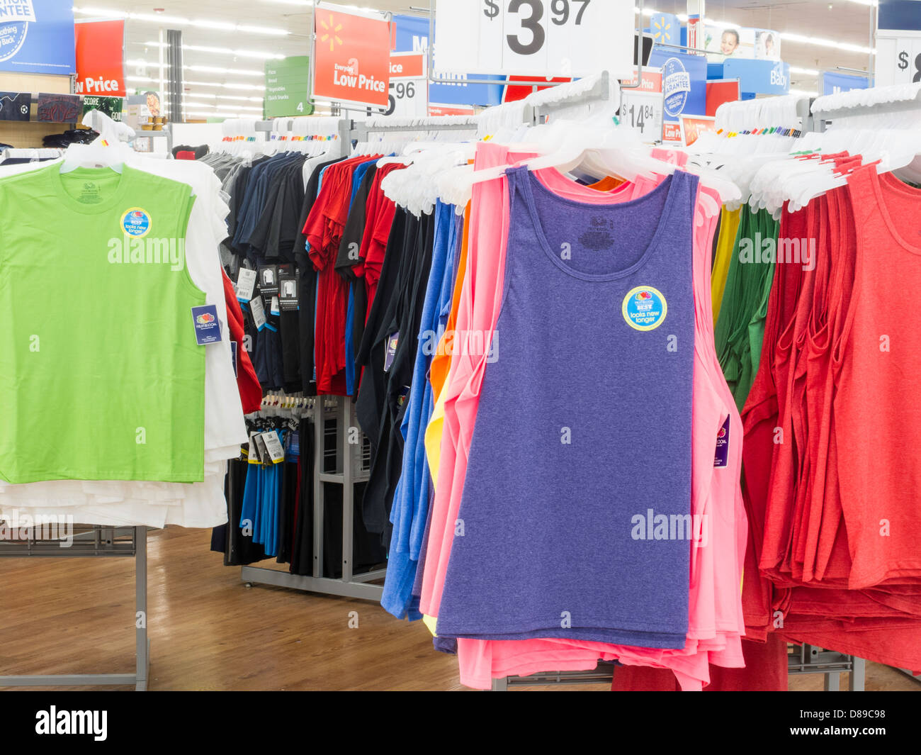 Walmart Store Price Usa Stockfotos & Walmart Store Price Usa Bilder ...