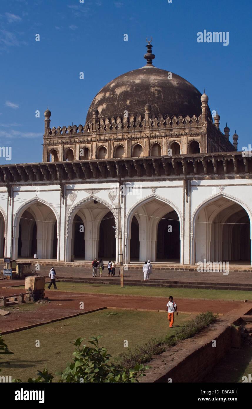 Asien, Indien, Karnataka, Bijapur, Jami Masjid Stockbild