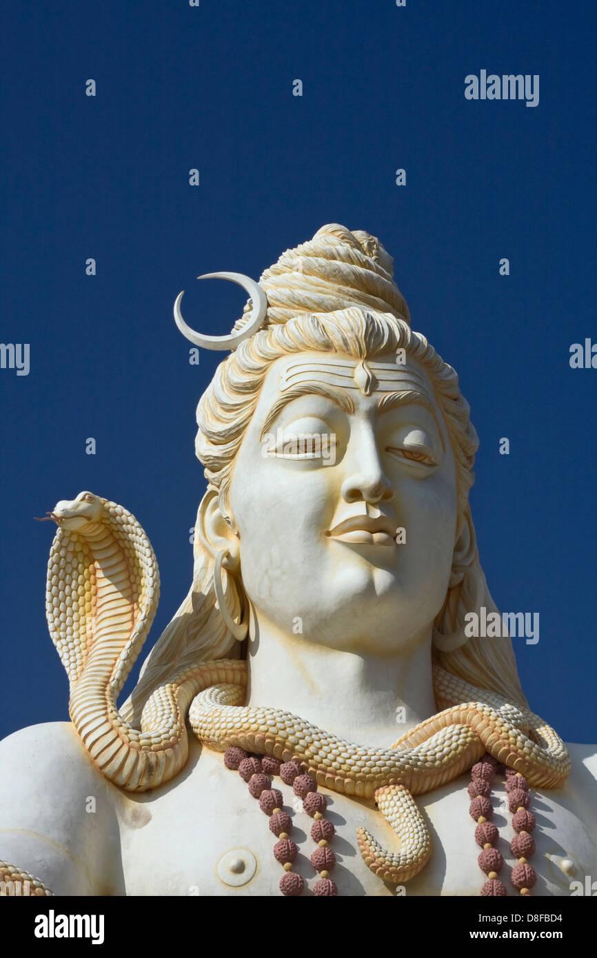 Asien, Indien, Karnataka, Bijapur, Shiva Shivagiri, Lord Shiva Statue Stockbild