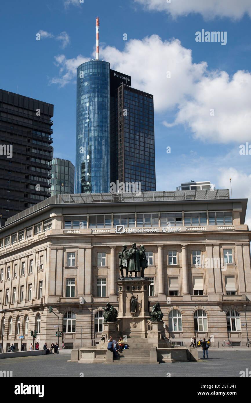 Denkmal zu Ehren des Buches drucken Erfindung, Goetheplatz, Frankfurt Am Main, Deutschland Stockbild