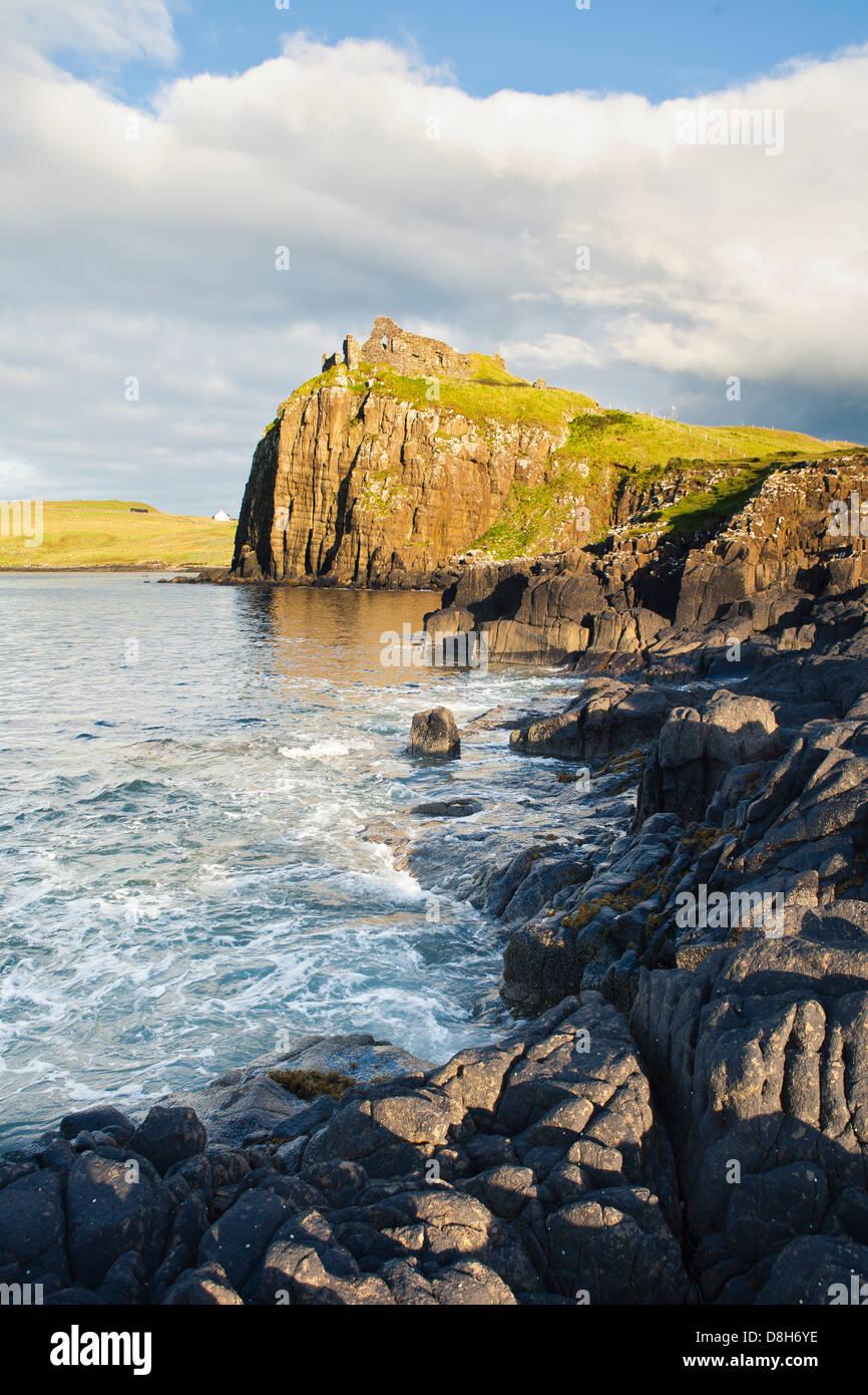 Ruinen an der Küste, Schottland Stockbild