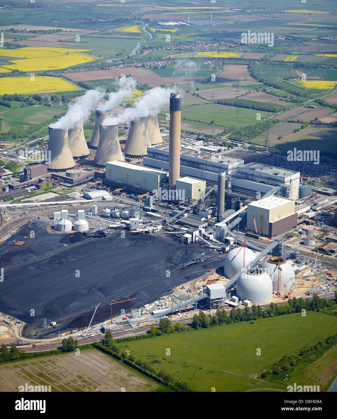 Lagereinheiten für Biomasse-Brennstoff am Kraftwerk Drax, Yorkshire, Nordengland gebaut Stockbild