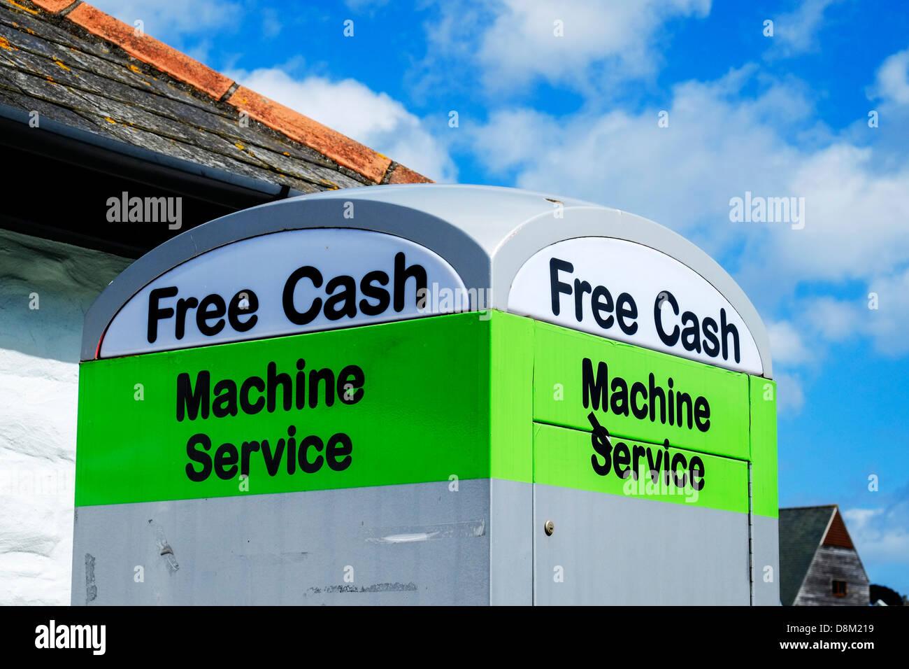 Dispenser|money Stockfotos & Dispenser|money Bilder - Seite 11 - Alamy