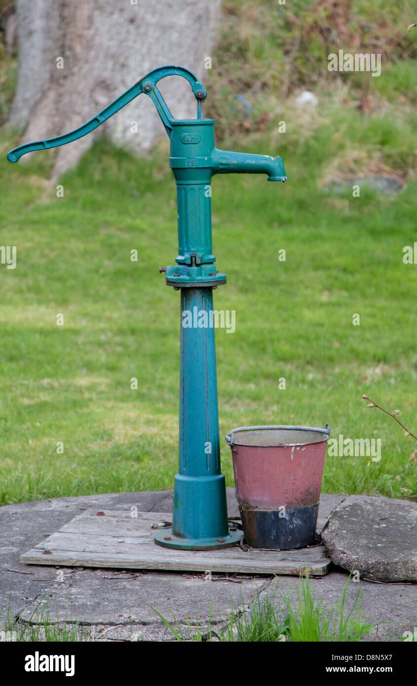 Manuelle Handpumpe Stockfotos Manuelle Handpumpe Bilder Alamy