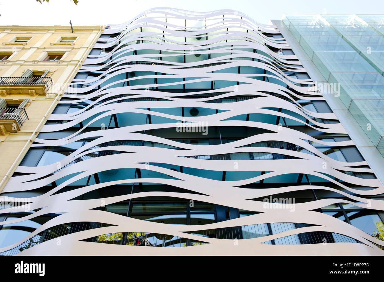 Architektur Fassade moderne architektur neben klassischer architektur fassade