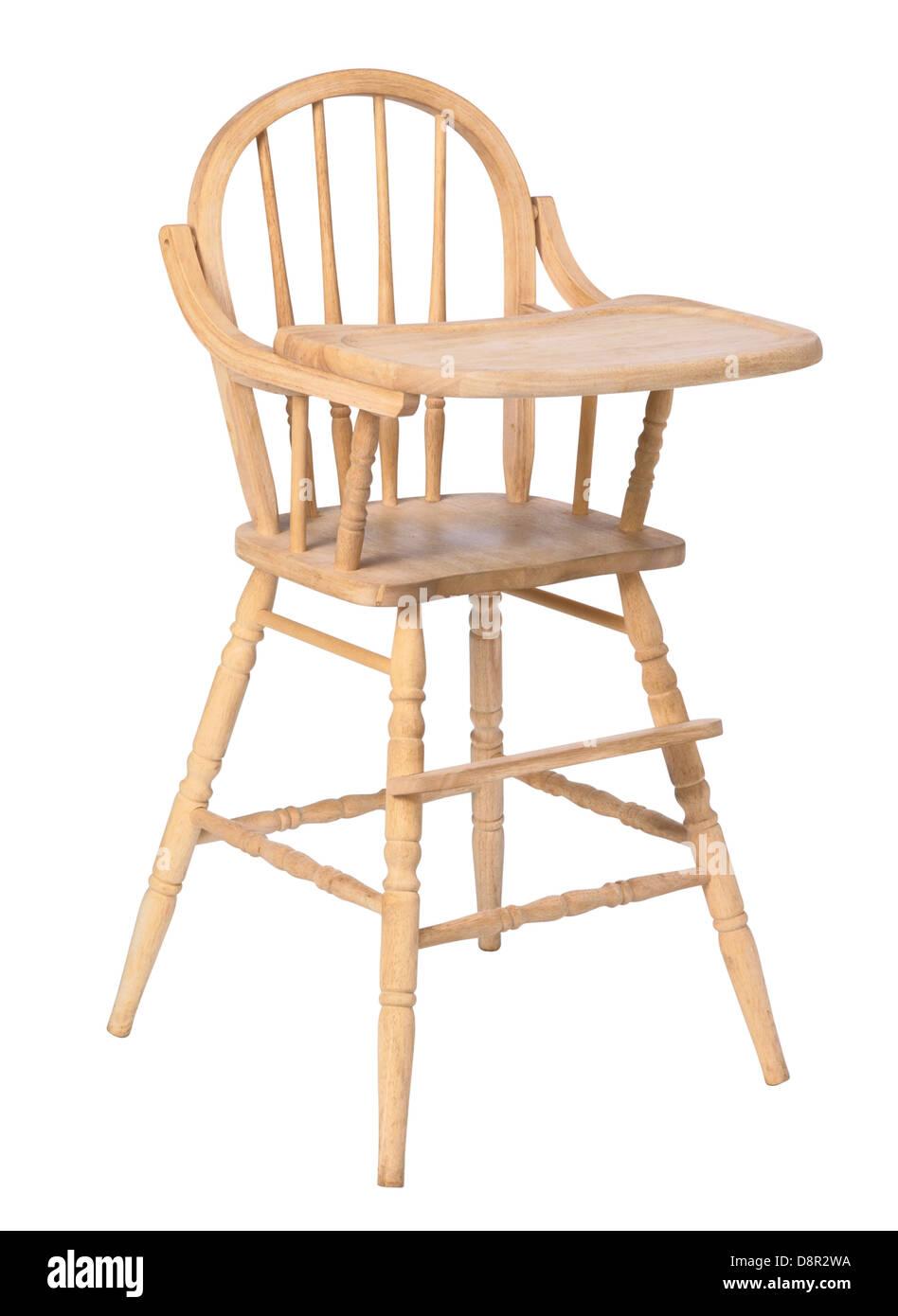 Abgeplatzte aus Holz Hochstuhl isoliert (Säuglingsernährung Stuhl) Stockbild