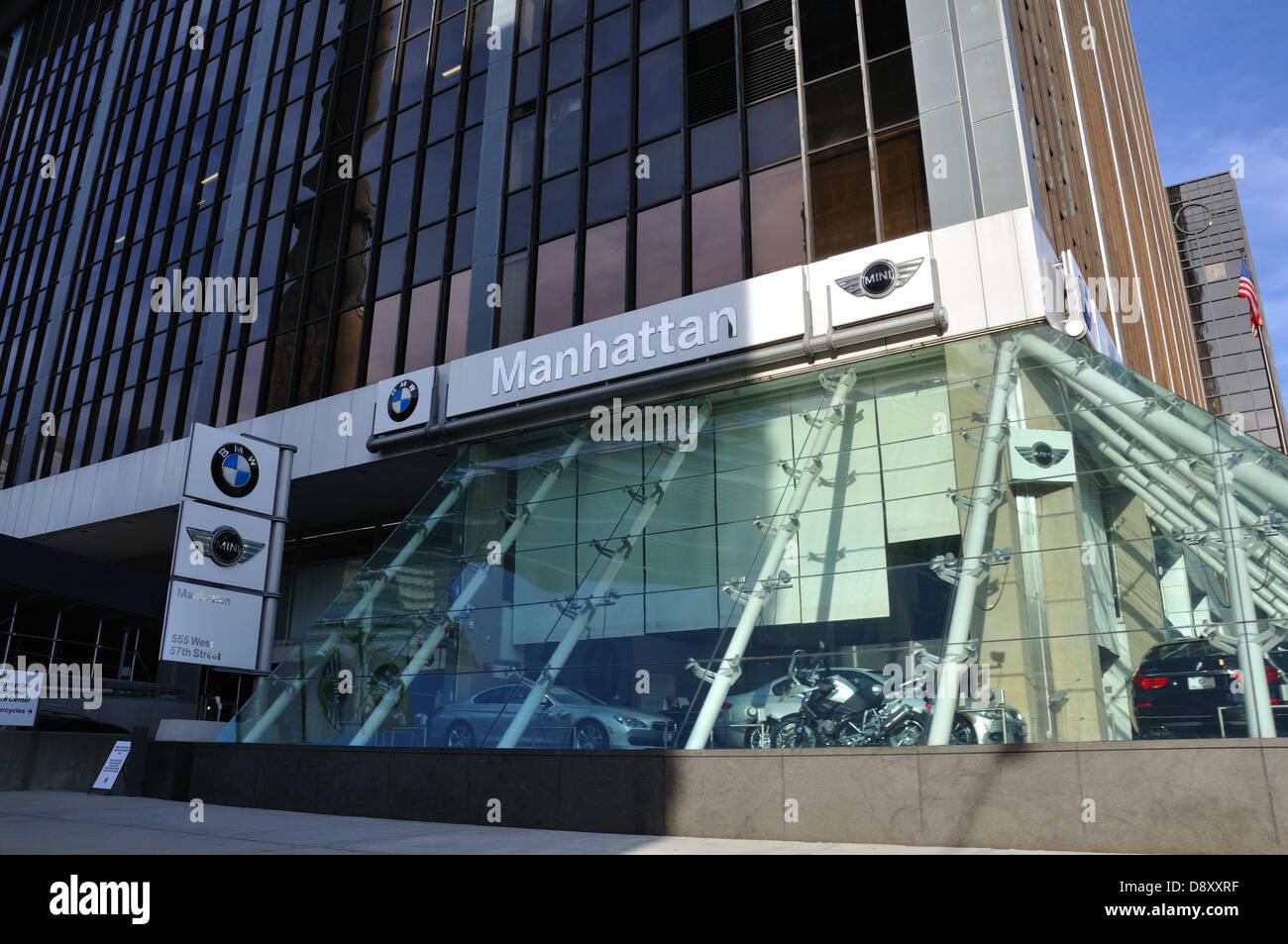 Bmw Autohaus New York City Usa Stockfotografie Alamy