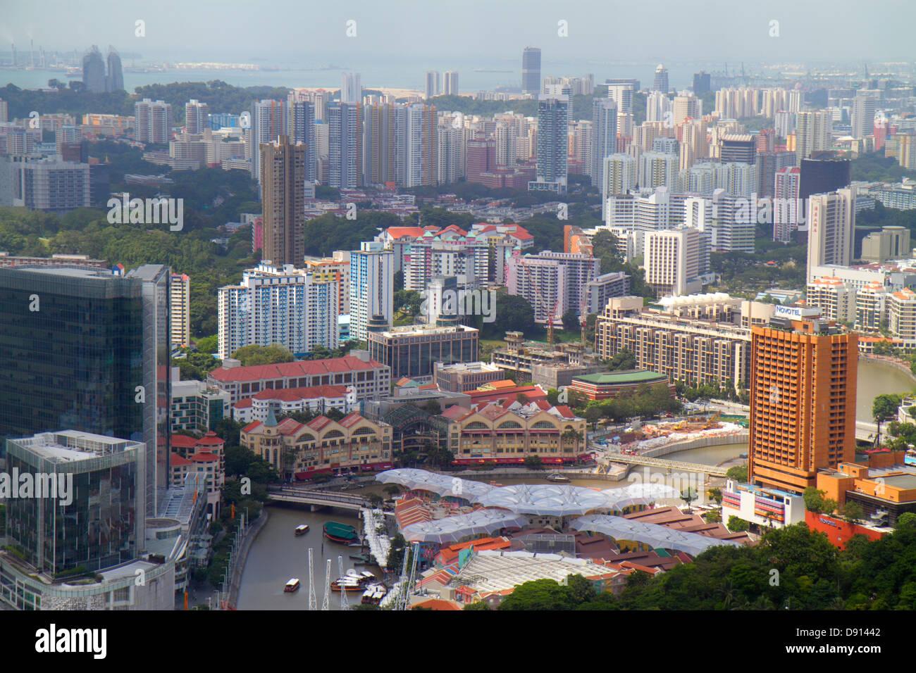 Singapur Stadt Skyline Wolkenkratzer Antenne Singapur River Clarke Quay Riverside Point Hochhaus Eigentumswohnungen Stockbild
