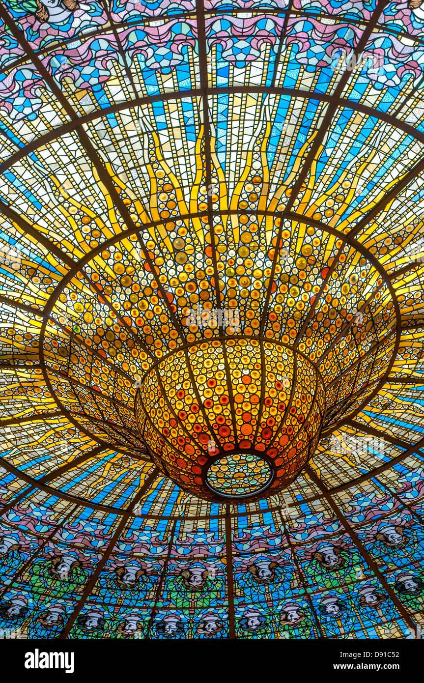 Decke im Musikpalast, Barcelona, Spanien Stockbild