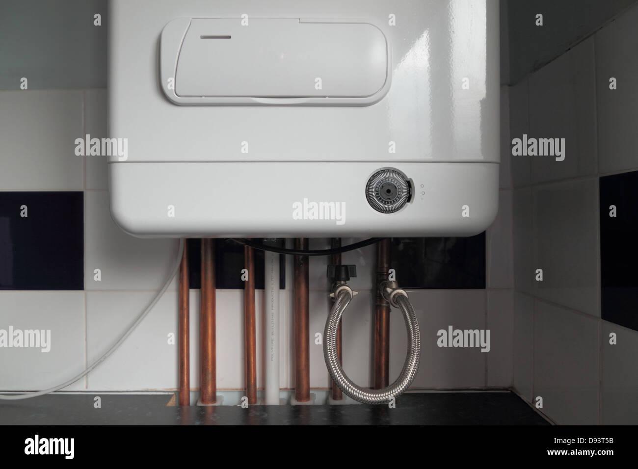 Gas Boiler Stockfotos & Gas Boiler Bilder - Alamy