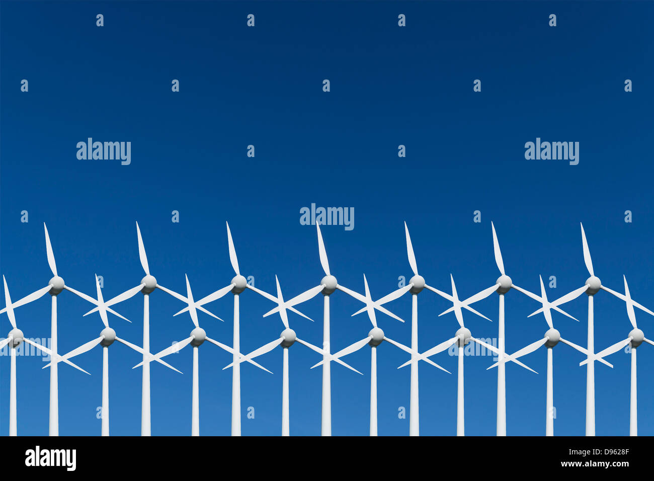 Deutschland, Bayern, Windturbine gegen blauen Himmel Stockbild