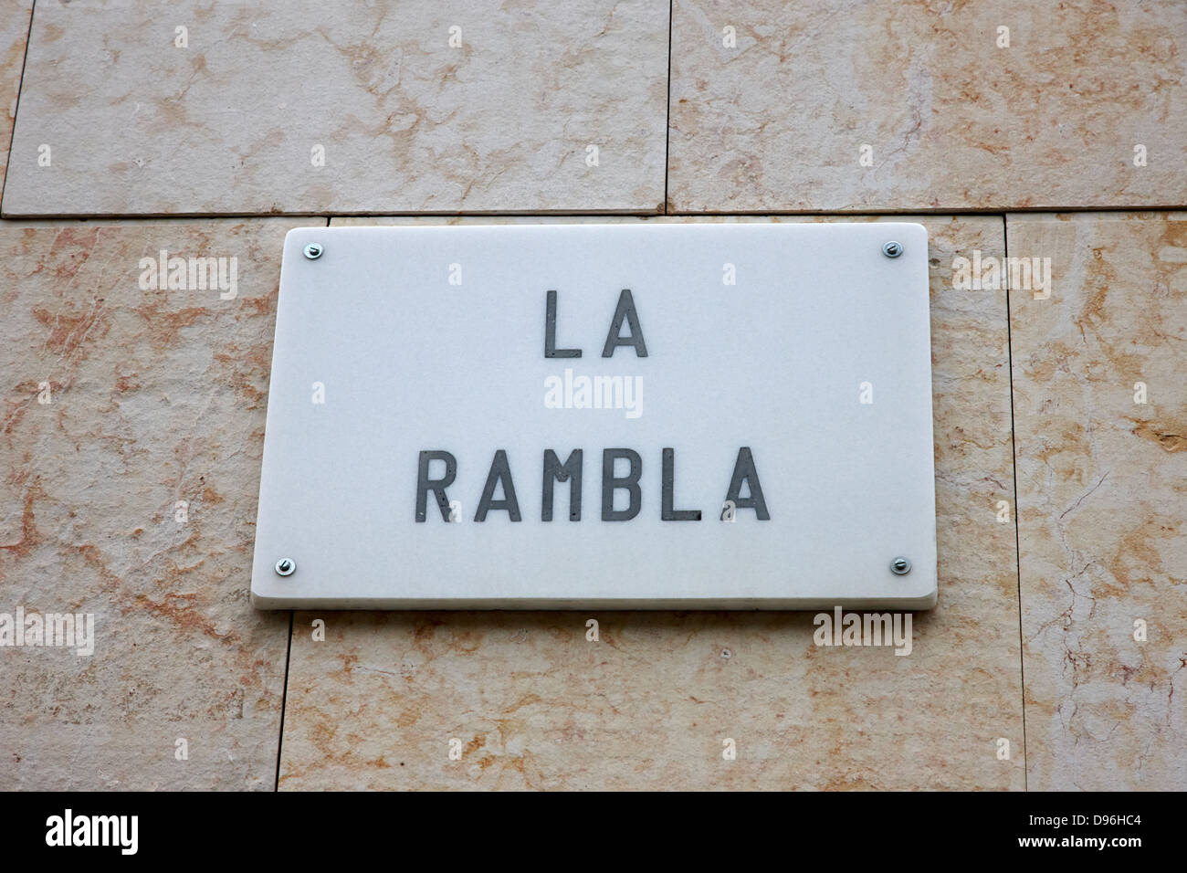 Platte Marmor Straßenname für la Rambla Barcelona Katalonien Spanien Stockbild