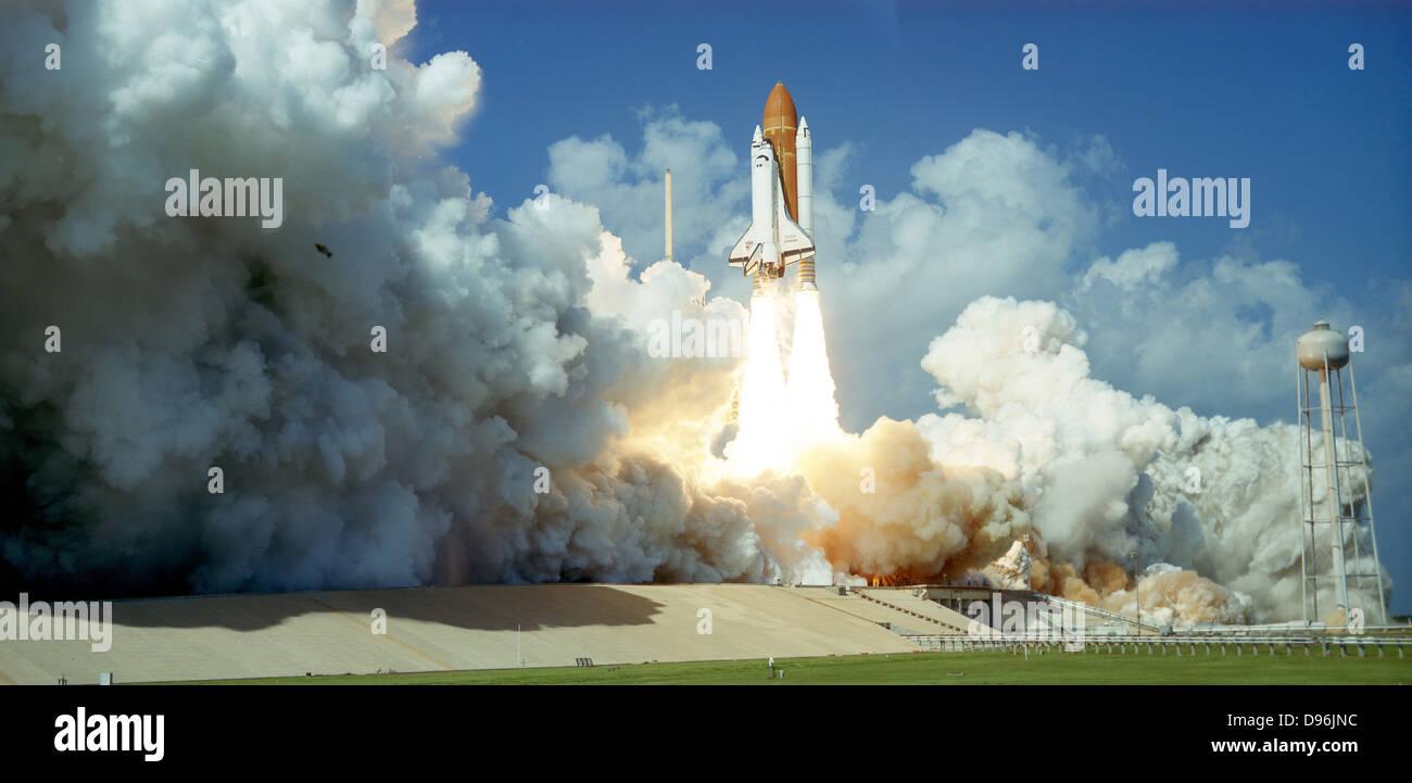 Start des Space Shuttle Challenger, 1985. NASA-Foto. Stockbild