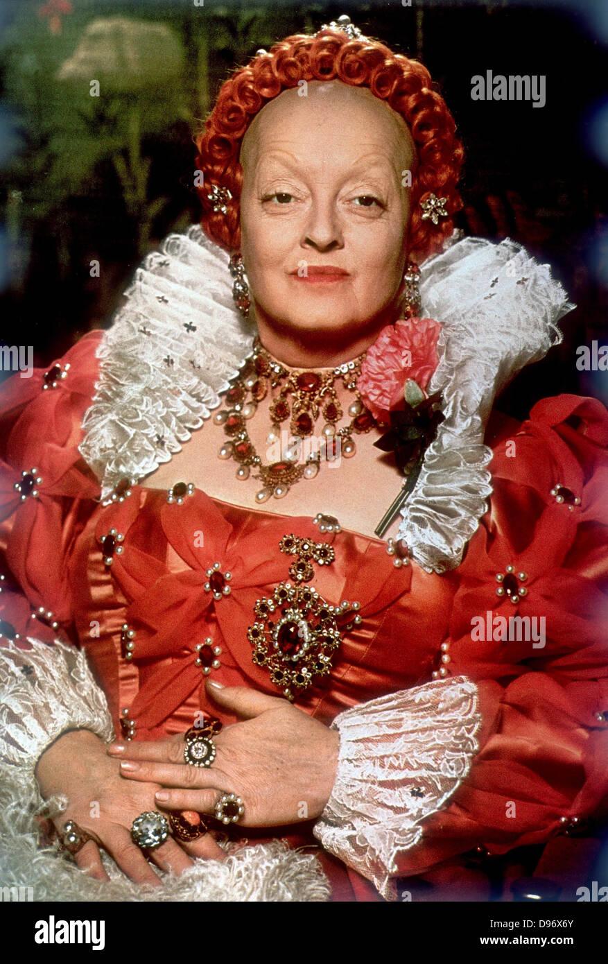 """DAVIS, Bette (1908 ? 1989), amerikanischer Hollywood-Schauspielerin in """"The Private Lives of Elizabeth and Stockbild"""