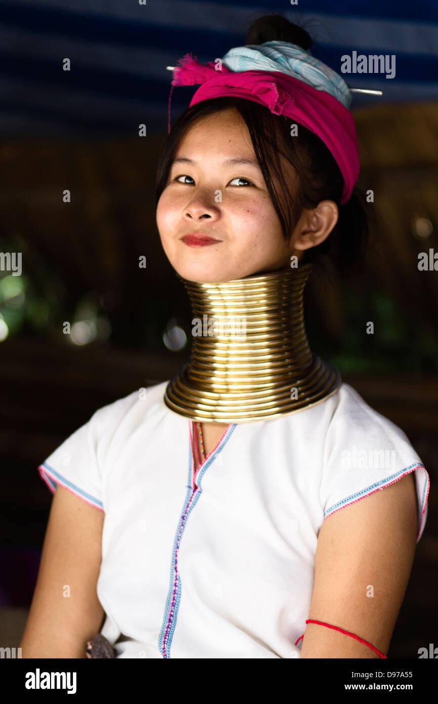 Porträt von Karen Langhals Stämme Frauen in Thailand Stockfoto