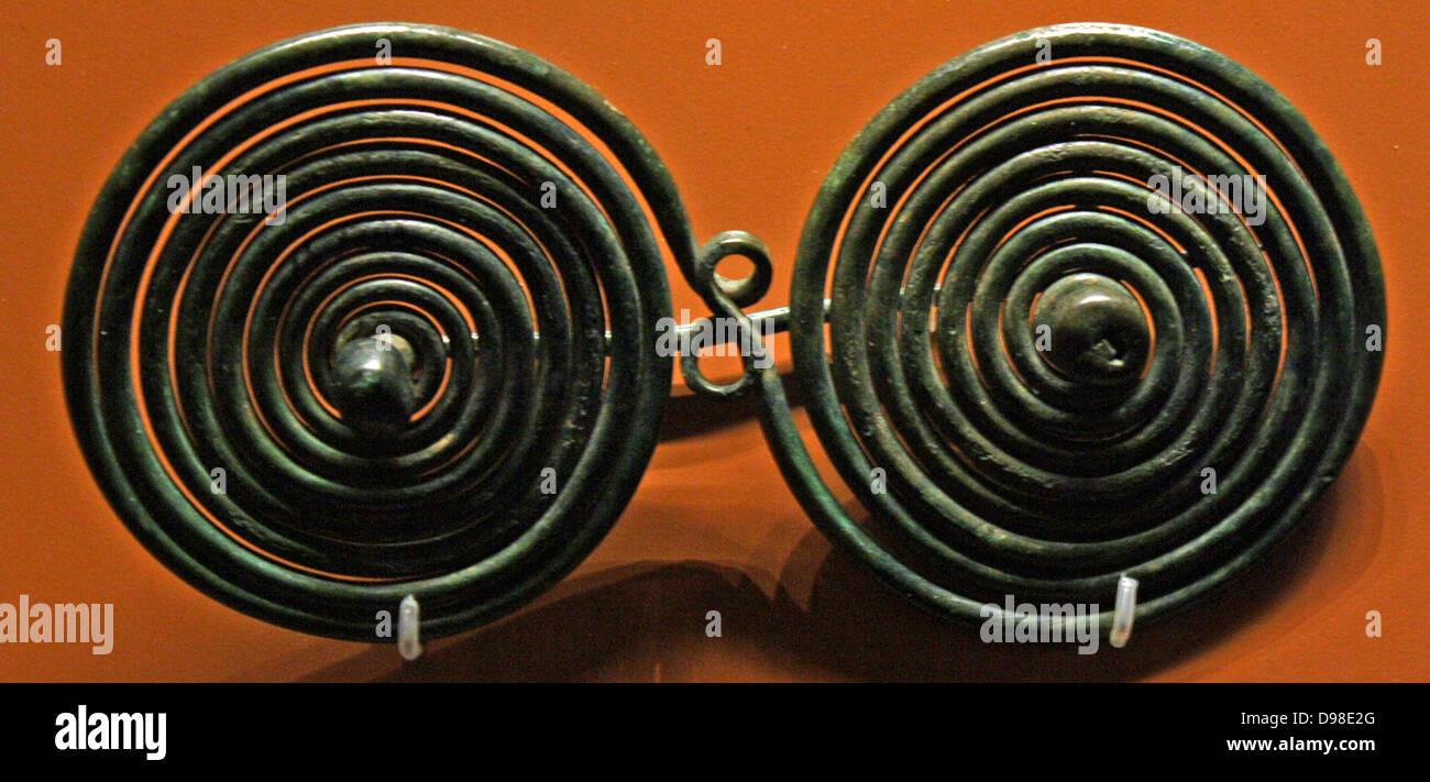 Spiral-Broschen aus der Eisenzeit. Stockbild