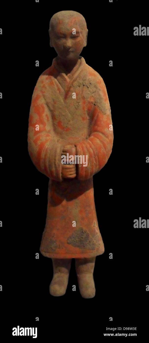 Östliche Han-Dynastie Diener stehend (25-220 n. Chr.) polychrome Terrakotta aus China, Shaanxi (Provinz) Stockfoto