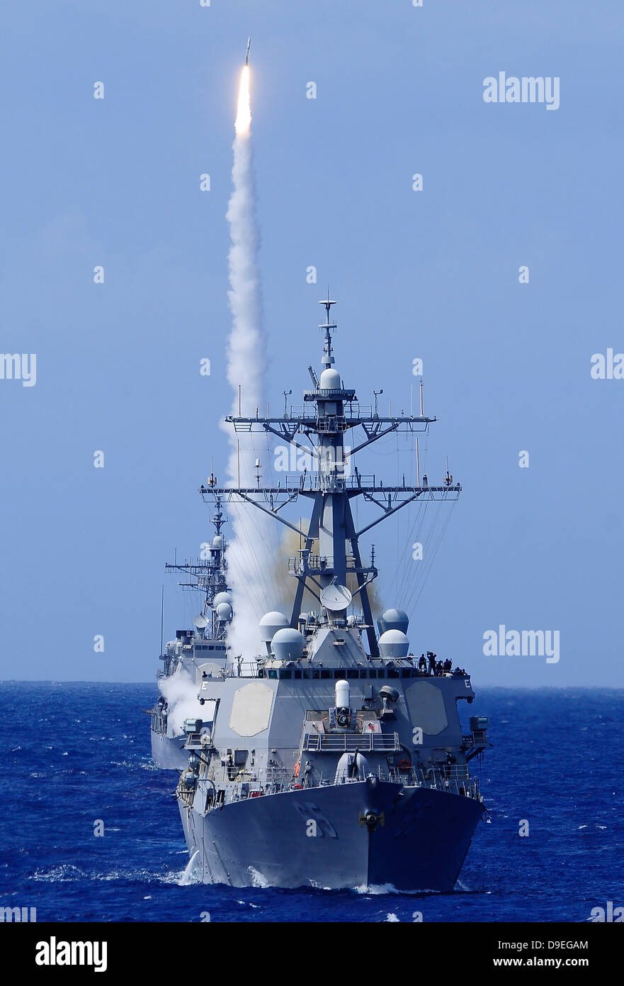 Guided missiles stockfotos guided missiles bilder alamy for Boden luft rakete