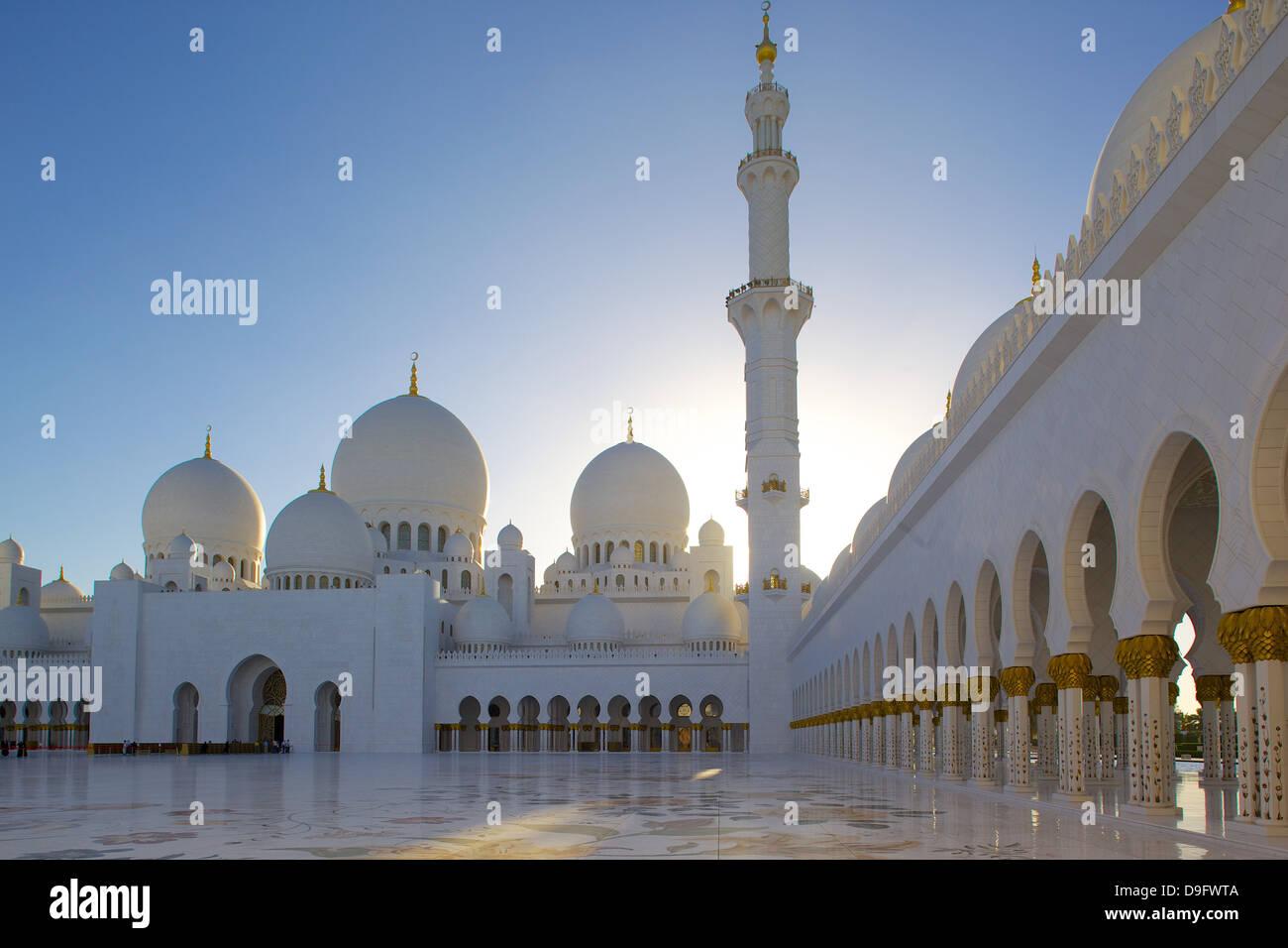 Scheich Zayed Bin Sultan Al Nahyan Moschee in Abu Dhabi, Vereinigte Arabische Emirate, Naher Osten Stockbild