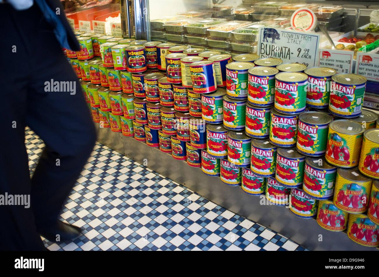 Faicco Schweinefleisch Shop, italienische Spezialitäten. Bleecker St, Greenwich Village, New York City, Tomate, Stockbild