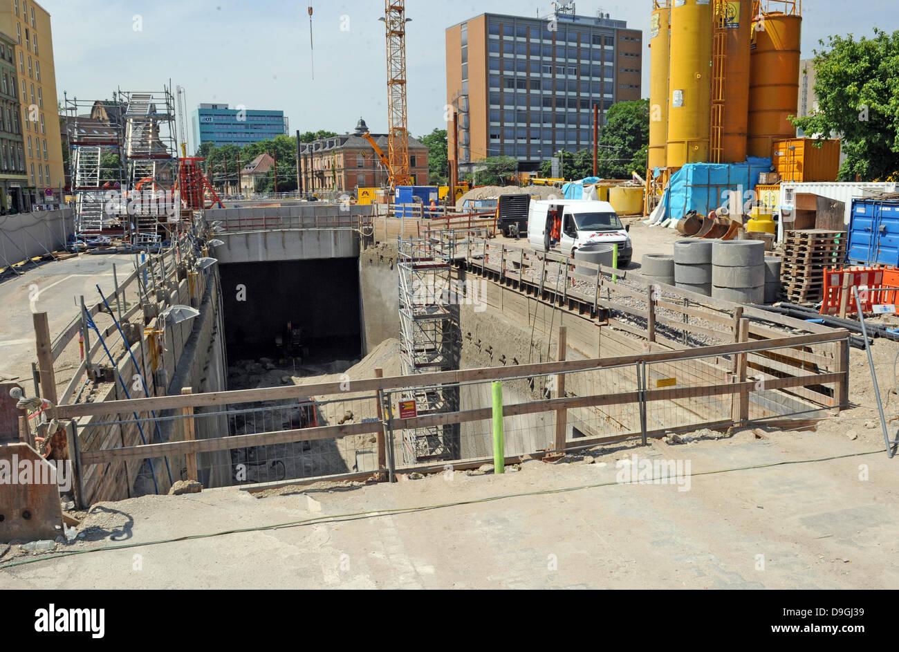 Baufirmen Karlsruhe eine baustelle der straßenbahn bauprojekt in karlsruhe ist in