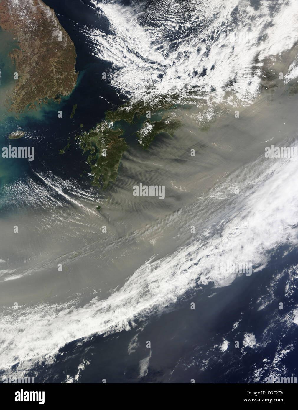 21. März 2010 - Staub über Japan. Stockbild