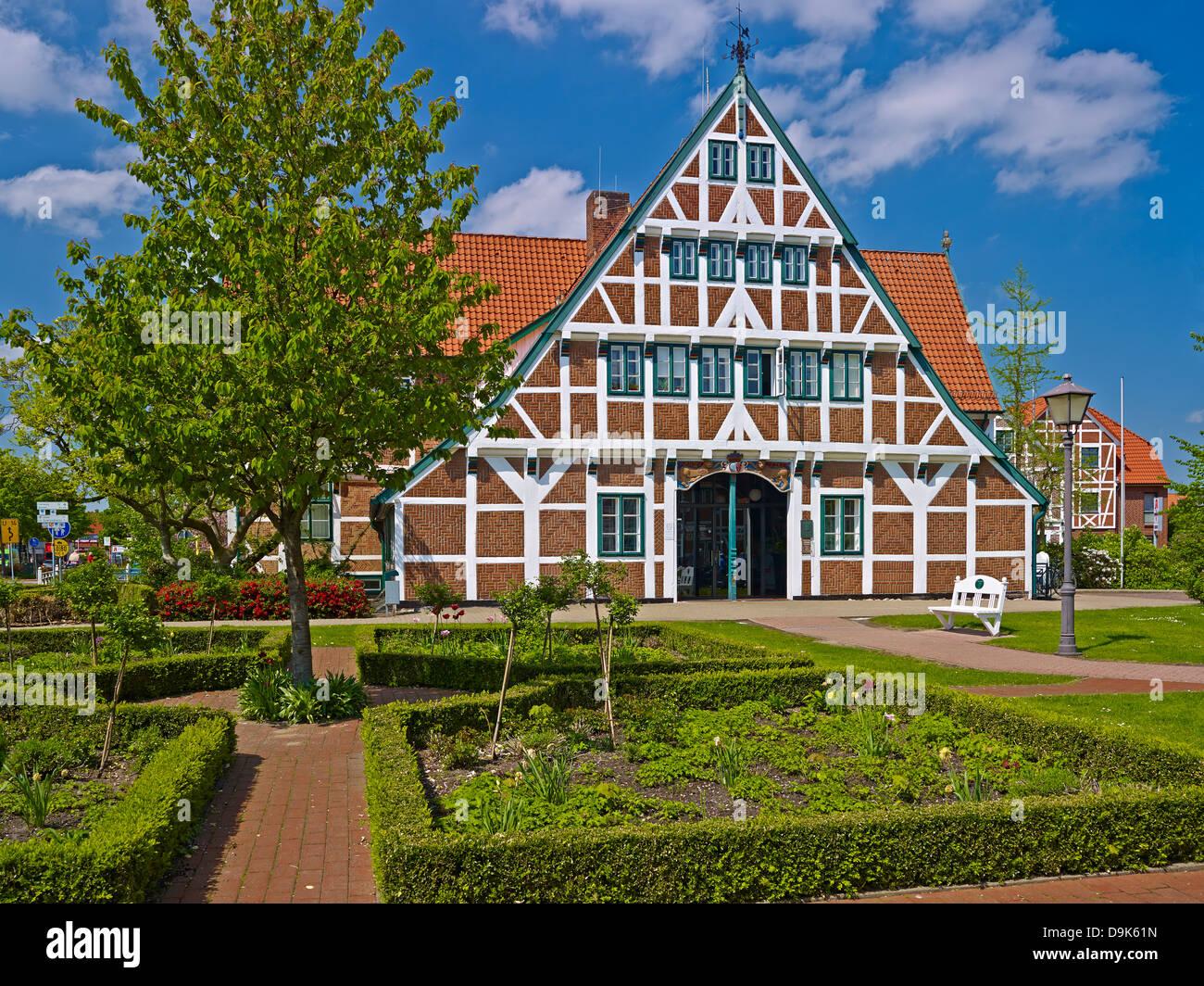 rathaus in jork altes land landkreis stade niedersachsen deutschland stockfoto bild. Black Bedroom Furniture Sets. Home Design Ideas