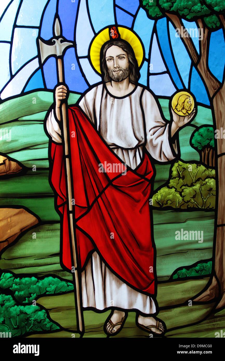 Kunst der Glasmalerei in den Fenstern der Maria, Königin des Universums Schrein in Orlando, Florida. Stockbild