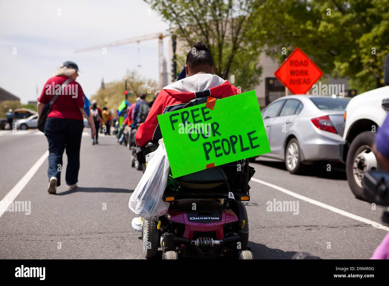 Demonstrant in Power Roller Stockbild